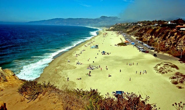 Praia de Zuma Beach em Los Angeles na Califórnia