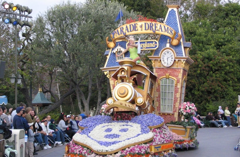 Parade of Dreams no Parque Disneyland na Califórnia