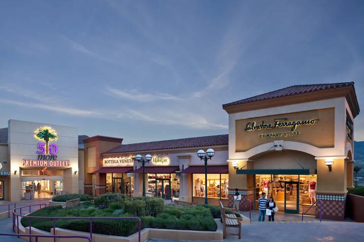 Desert Hills Premium Outlets Los Angeles