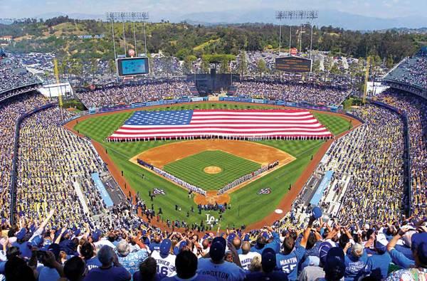 Jogos no Dodger Stadium
