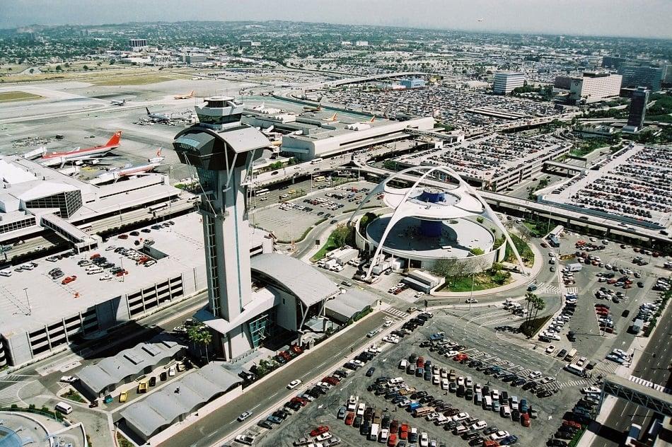 Como se deslocar do Aeroporto Internacional de Los Angeles até o centro da cidade
