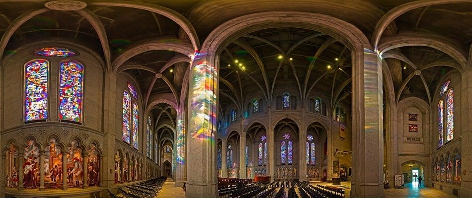 Estrutura da Grace Cathedral em San Francisco