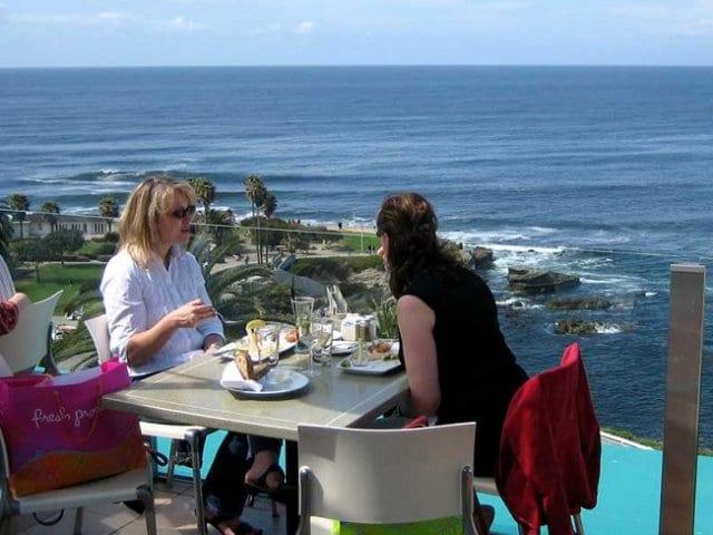 Restaurantes com vista para a praia de La Jolla em San Diego