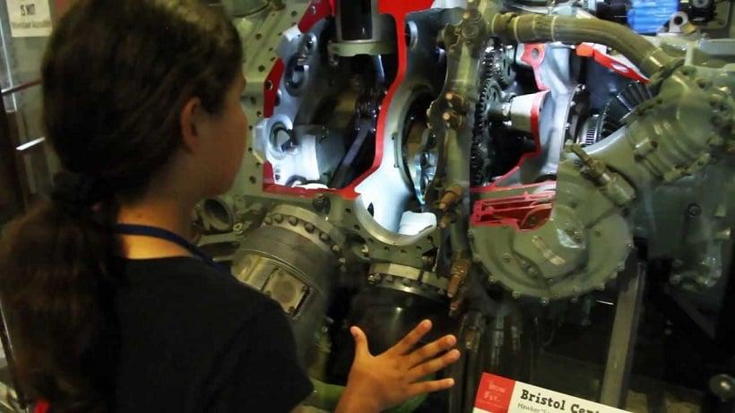 Atrativo para crianças no San Diego Air Space Museum
