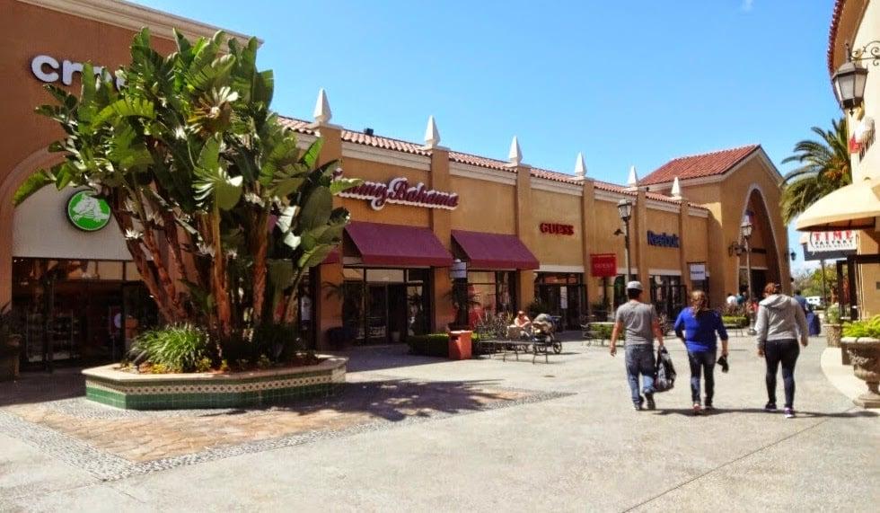 Lojas no Outlet Las Americas Premium em San Diego