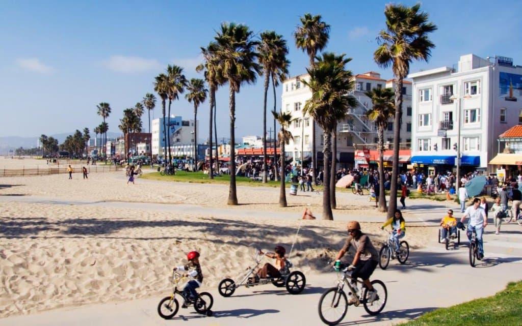 Passeio romântico em Venice Beach em Los Angeles