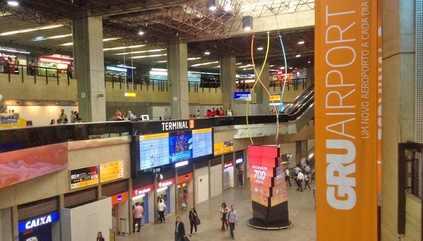 Aeroporto de Guarulhos para uma viagem ao exterior