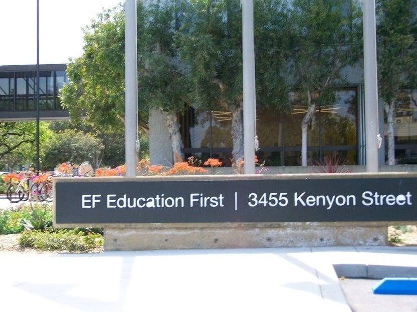 Escola Education First em San Diego na Califórnia