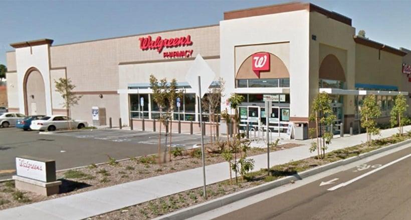Walgreens para comprar shampoo e condicionador em San Diego