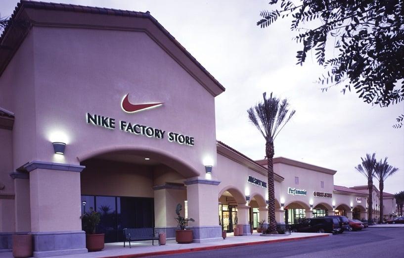Outlets para compra de sapatos em Los Angeles