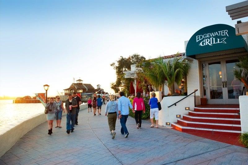 Restaurante Edwater Grill no Seaport Village em San Diego