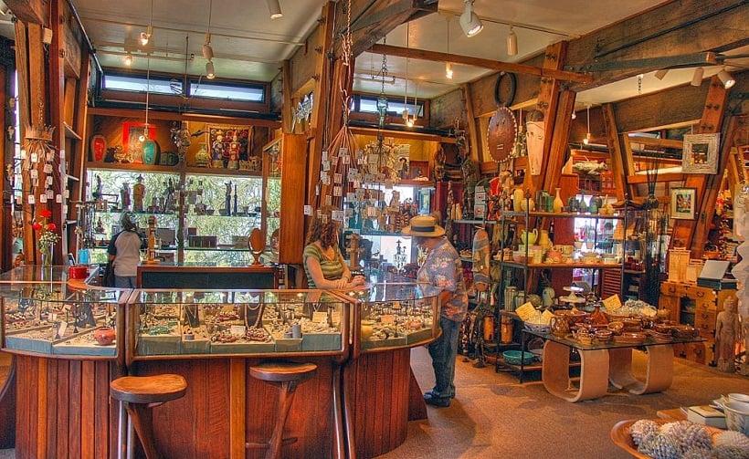 Compras em Nepenthe em Big Sur