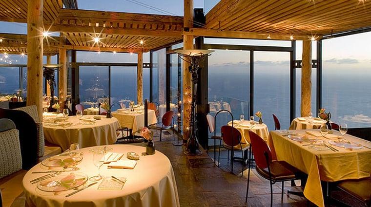 Restaurante Sierra Mar Post Ranch em Big Sur Califórnia