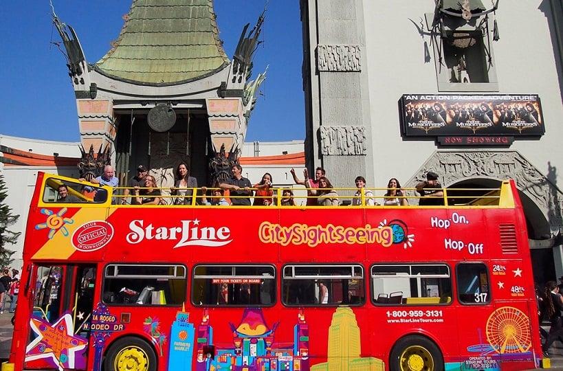 Ônibus turístico em Los Angeles