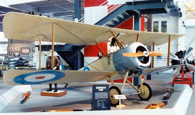 Tour pelo Museum of Flying em Santa Mônica