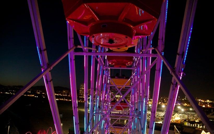 Andar de roda gigante em Santa Mônica