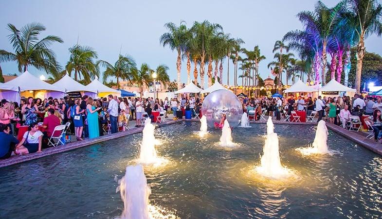 Movimentação de turistas e hospedagens no mês de agosto em San Diego
