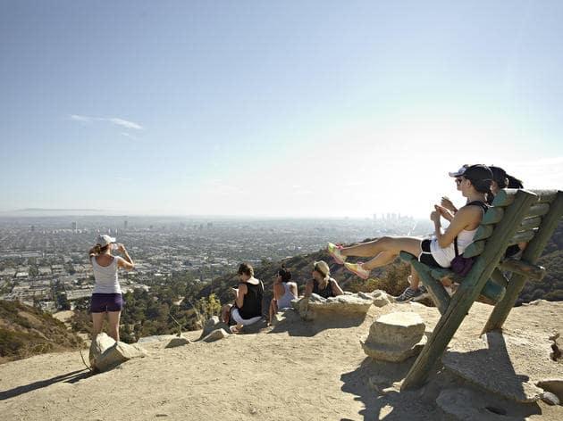 Turistas em Los Angeles em junho