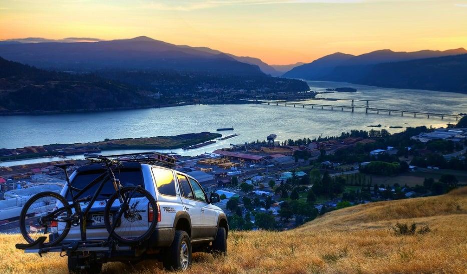 Serviço de aluguel de carro para uma viagem de San Francisco à Santa Mônica