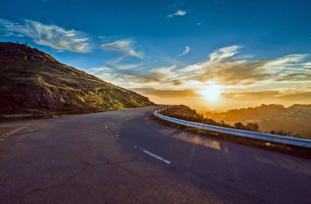 Tempo de uma viagem de carro de Monterey à Los Angeles