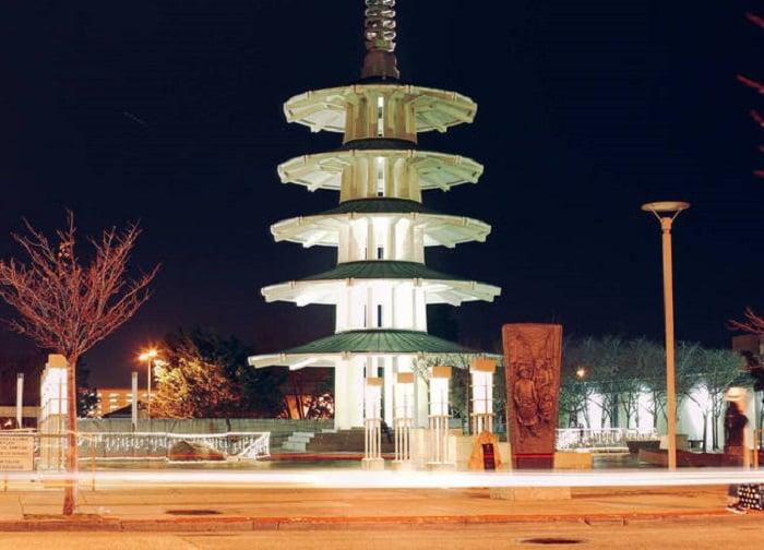 Monumento em Japan Town em San Francisco