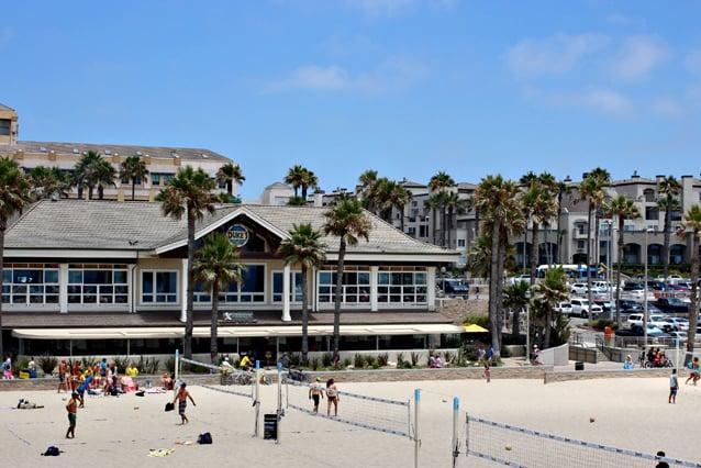 Restaurante Sandy's em Huntington Beach