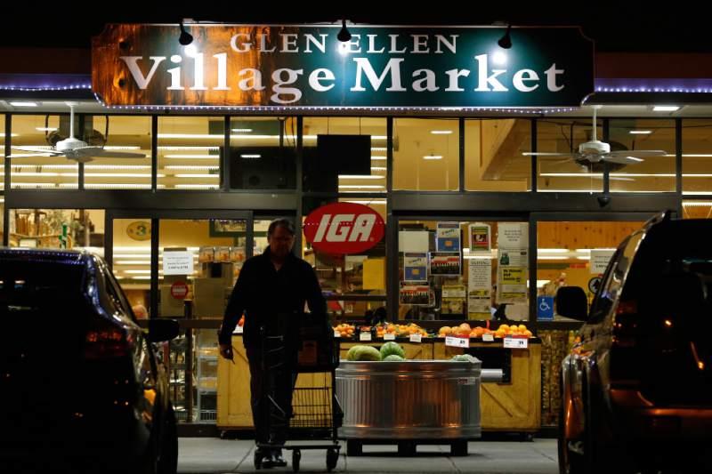 Compras em Sonoma Market em Sonoma
