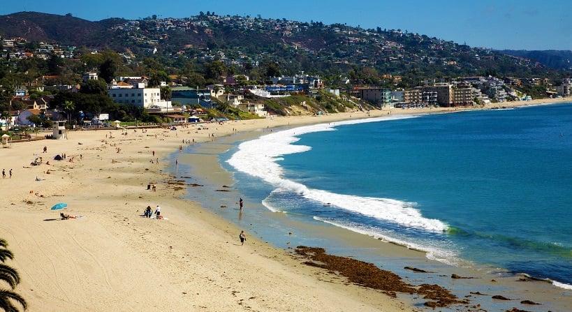 Praia Main Beach em Laguna Beach