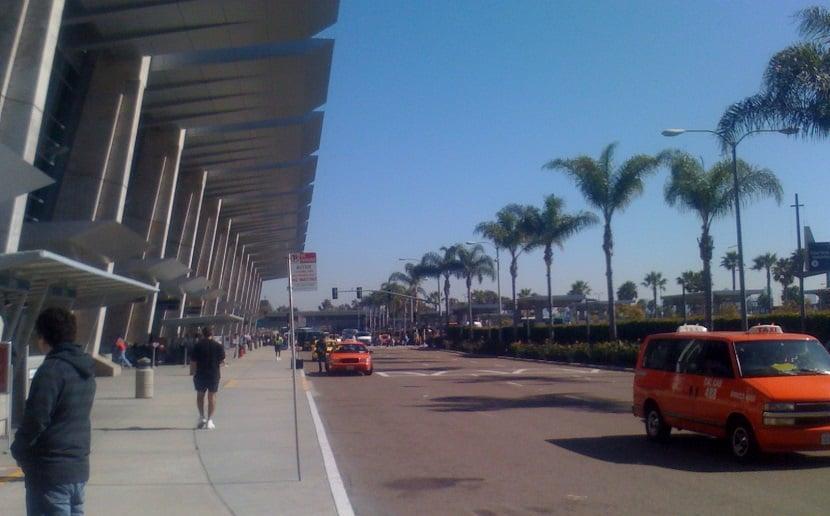 Transfer do aeroporto de San Diego até o hotel