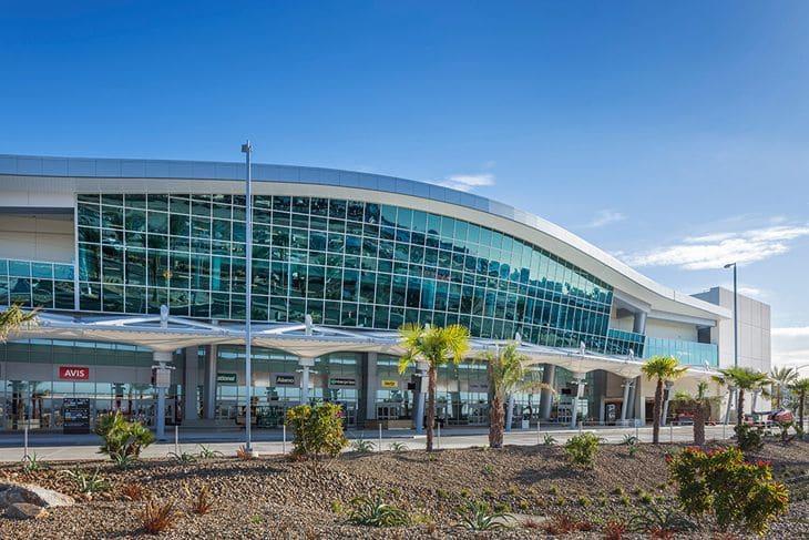 De carro do aeroporto até o centro de San Diego