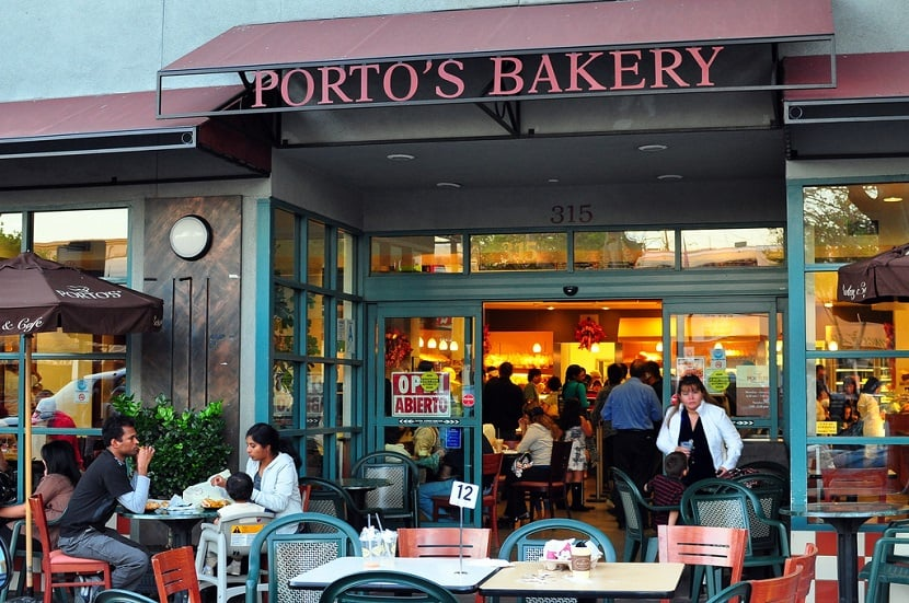 Restaurante Porto's Bakery & Cafe em Los Angeles