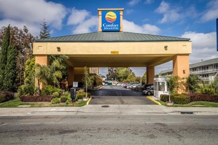 Comfort Inn & Suites Oakland em Oakland