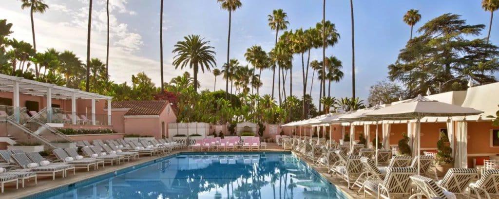 Hotéis bons e baratos em Beverly Hills