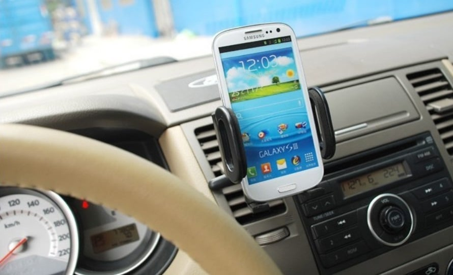 Dica sobre o GPS no aluguel do carro em Santa Bárbara