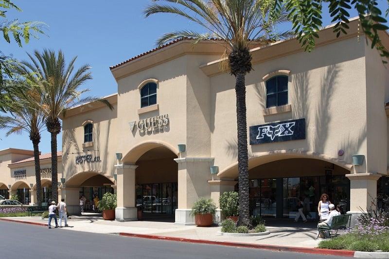 Compras no outlet Camarillo Premium próximo a Santa Bárbara