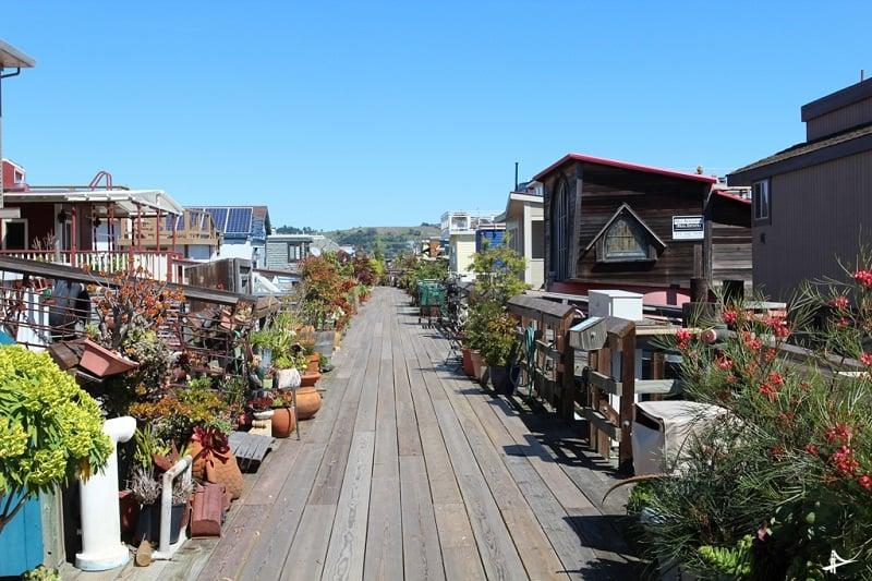 Fazer um tour pelas casas flutuantes em Sausalito
