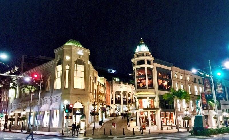 Ponto turístico rua Rodeo Drive em Beverly Hills