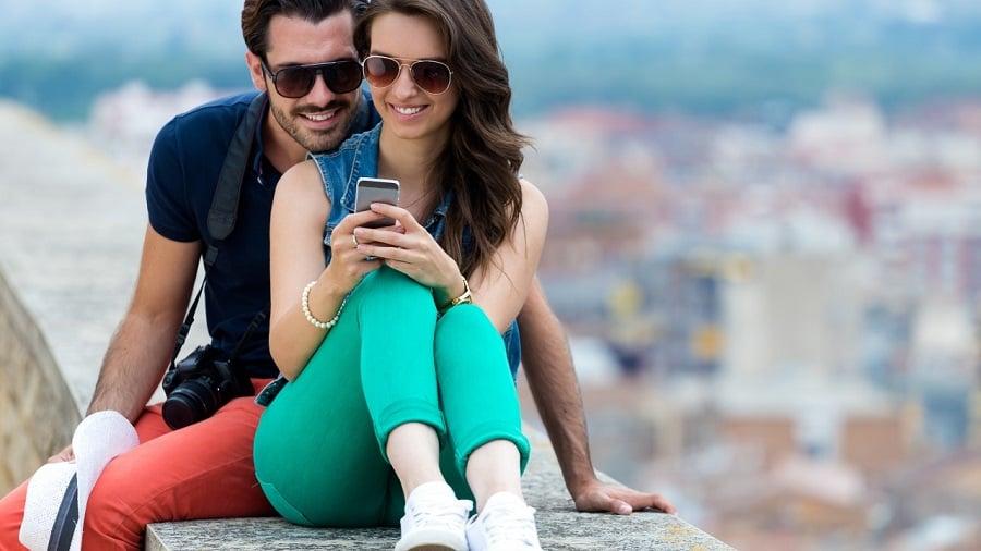Usar o celular em Carmel