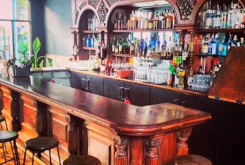 Noite nos bares de Carmel
