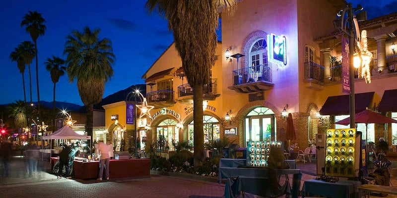 O que fazer a noite em Palm Springs