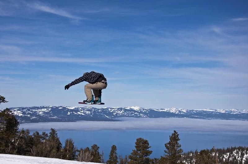 Noite de atividades na neve em South Lake Tahoe