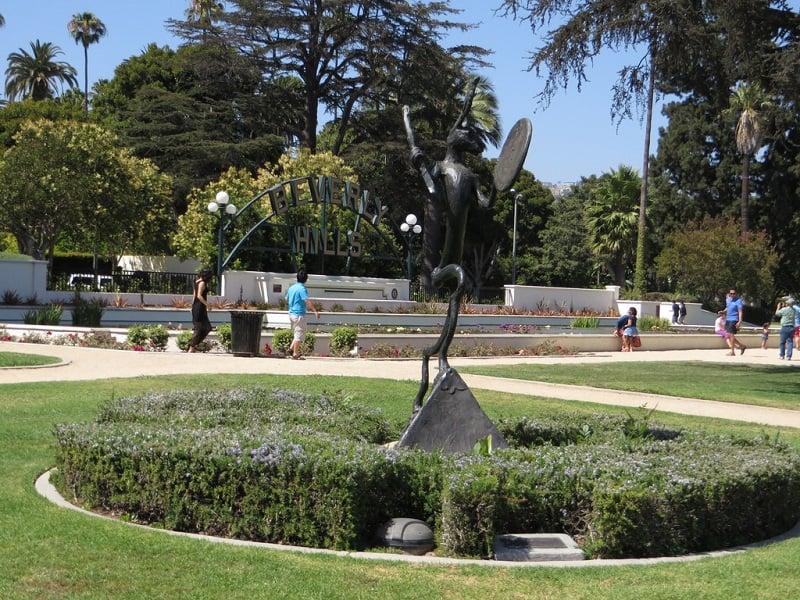 Beverly Garden Park com criança em Beverly Hills