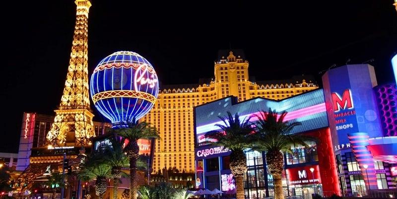 Explorar a maior parte dos hotéis cassinos de Las Vegas