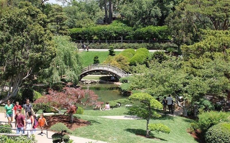 Jardim Botânico e Biblioteca Huntington com crianças em Pasadena