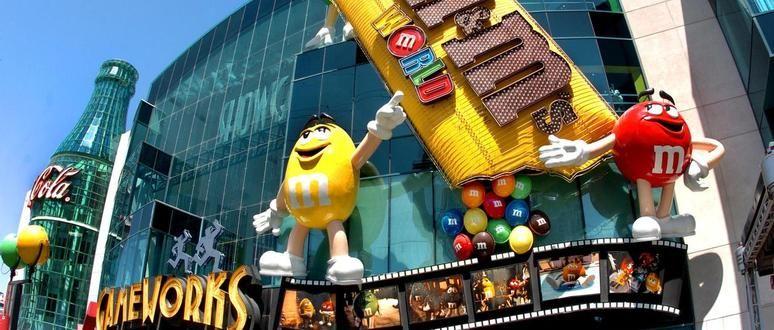 Ir com criança no Showcase Mall em Las Vegas