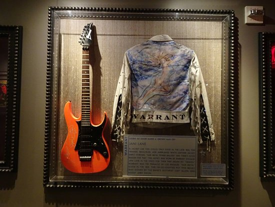 Itens que encontrará no Hard Rock Café Hollywood Boulevard Los Angeles
