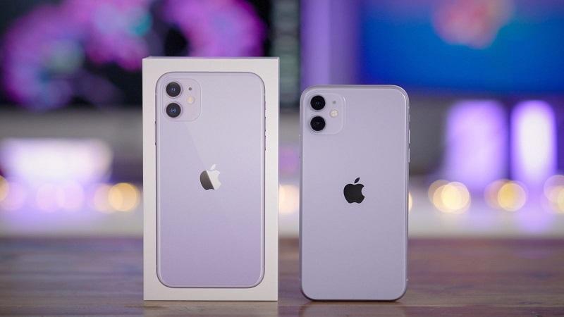 iPhone 11 na cor lilás