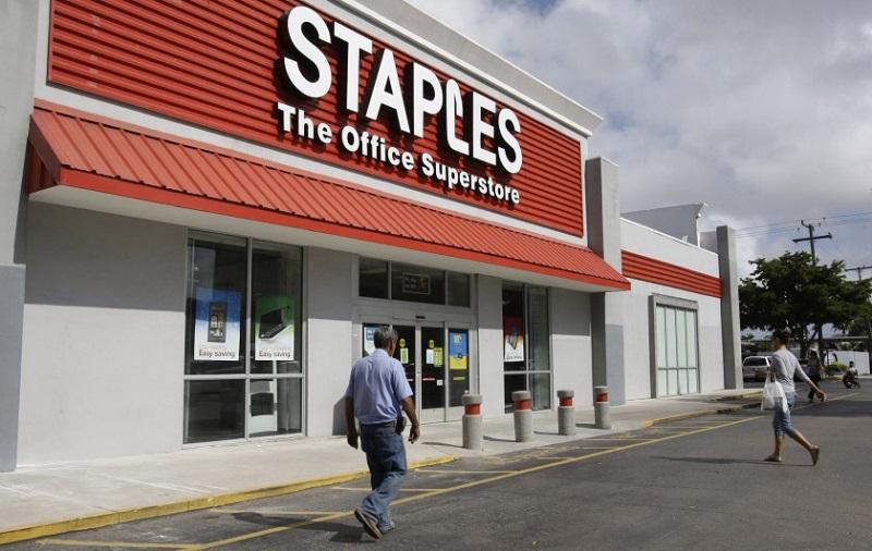 Comprar eletrônicos na Staples na Califórnia