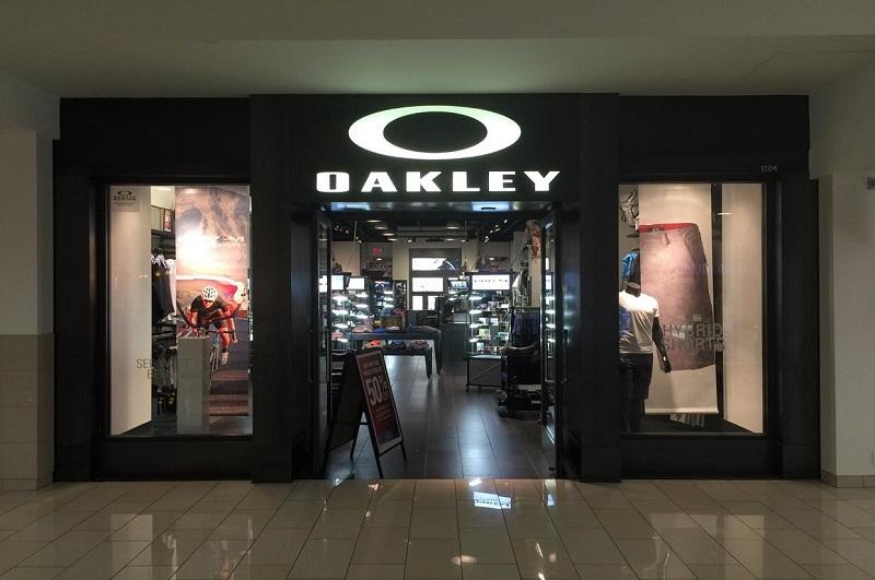 Oakley em Glendale Califórnia
