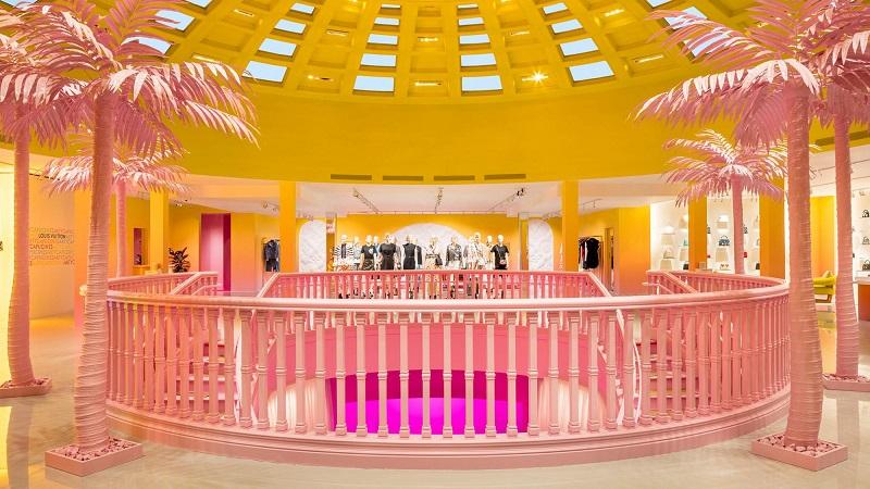 Interior da loja Louis Vuitton em Los Angeles